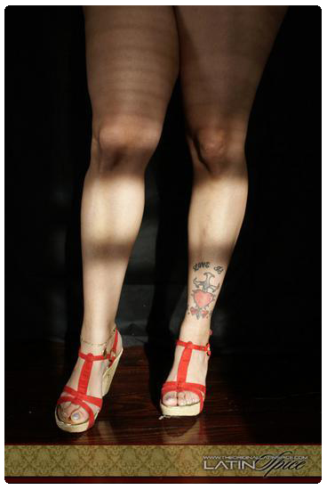 Latin-Spice-Red-Pumps-Tatto-kushions.wordpress